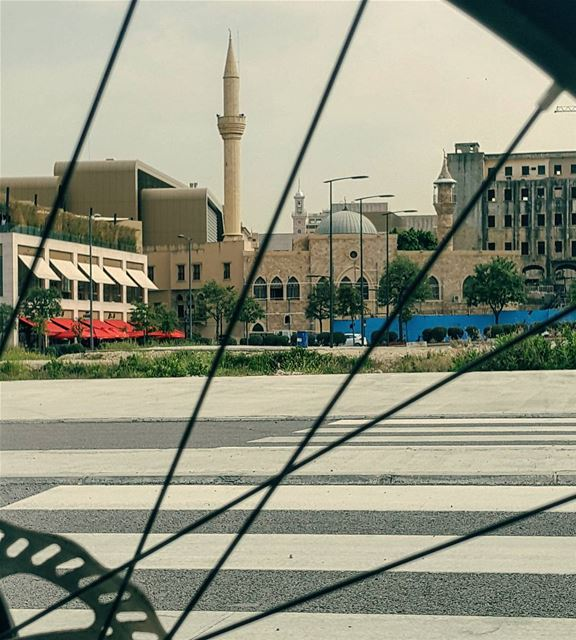 Here is my eclectic city.. Beirut.. Through my wheels.. 🌷🚲🌷 earthday ... (Downtown Beirut)