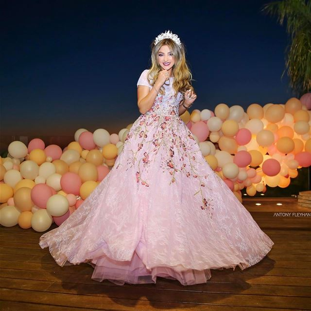 Congrats 👰🏼 @mariamendelek@tonyelmendelek wedding lebanon beirut ...