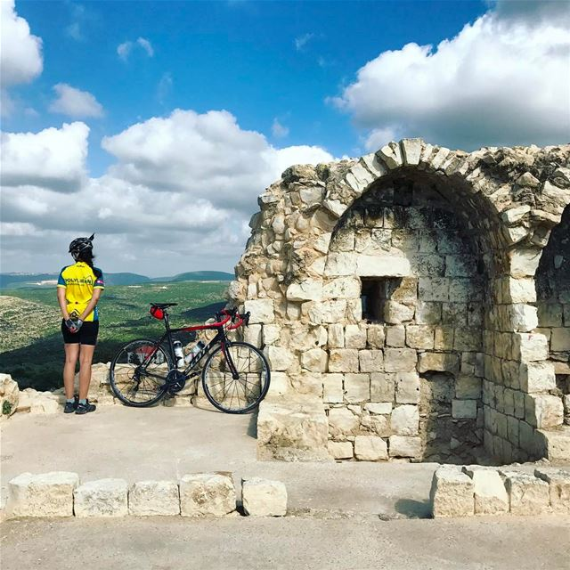An old fortress for a break 🚴... lebanon instagood cycling ... (Chamaa, Liban-Sud, Lebanon)