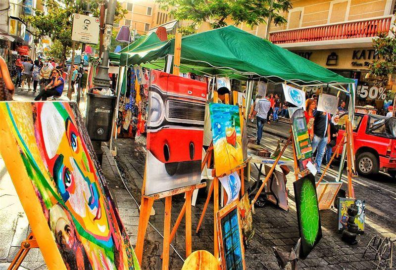 Pedestrian Hamra pedestrian dayout walk carfreeday drawing street ... (Hamra, Beyrouth, Lebanon)