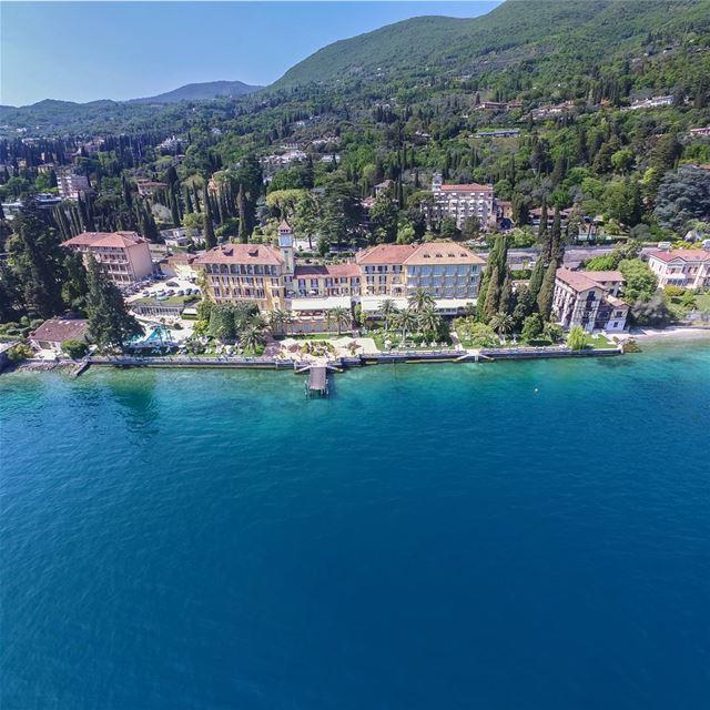 italy verona liveloveitalia aerial aerialphotography supe_hubs dji ... (Grand Hotel Fasano)