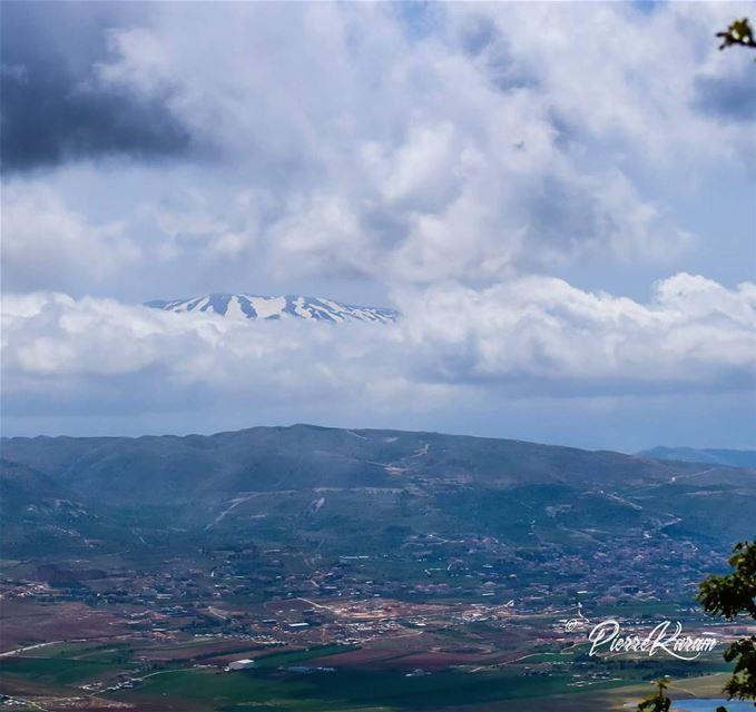 eye of the mountain clouds hiding mountain bekaa valley white ...