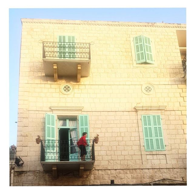 Ready to go 💃---TakeMeTo Jounieh Lebanon oldlady oldhouse history... (Old souk Jounieh)