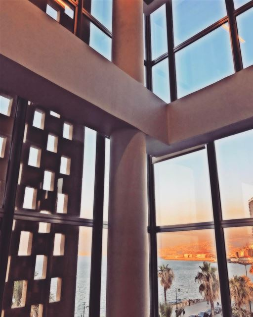 💠 ArtOfVisuals  Lebanese  Modern  Windows  Photography  PicOfTheDay ... (AUB - Suliman S. Olayan School of Business - OSB)