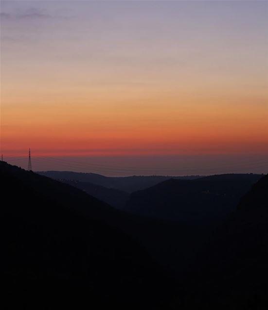 Good evening 🌆• ig_lebanon ig_worldwide ig_worldclub coolpictures ... (Bsâtîne El Aossi, Liban-Nord, Lebanon)