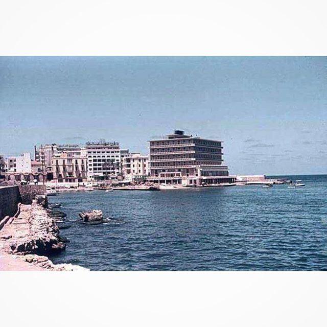 بيروت السان جورج عام ١٩٦٣ ،