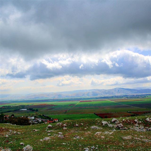 hiking explorelebanon picoftheday livelovelebanon naturephotography ... (`Ammiq, Béqaa, Lebanon)