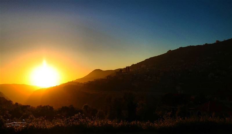 Sunset and silhouettes ☀☀ (Bcharreh, Liban-Nord, Lebanon)