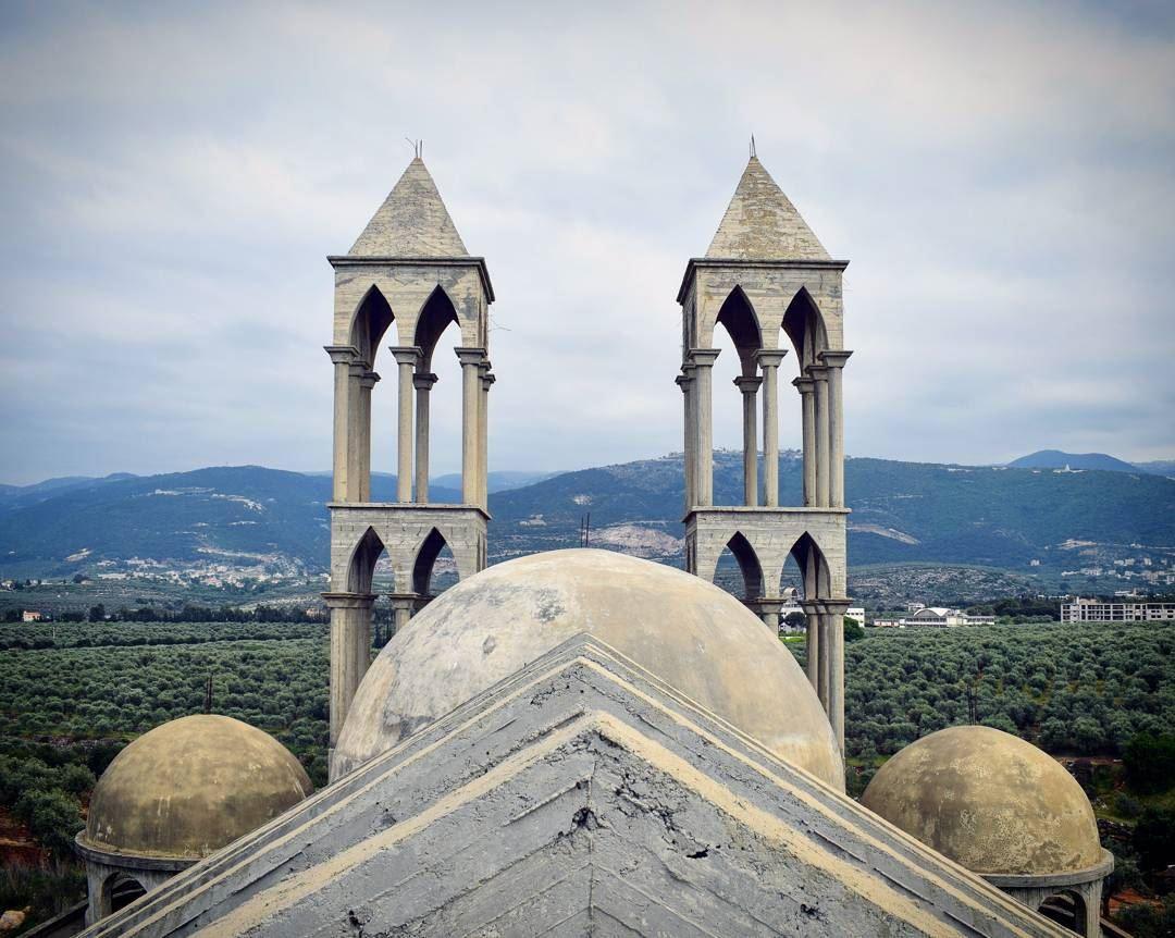 nikon church architecture underconstruction mountainfellas clouds ... (Kfarzayna Zgharta)