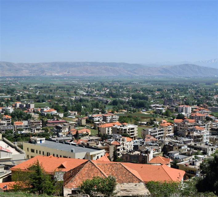 goodmorning world sabaho beautiful people 🌻 (Qabb Ilyas, Béqaa, Lebanon)