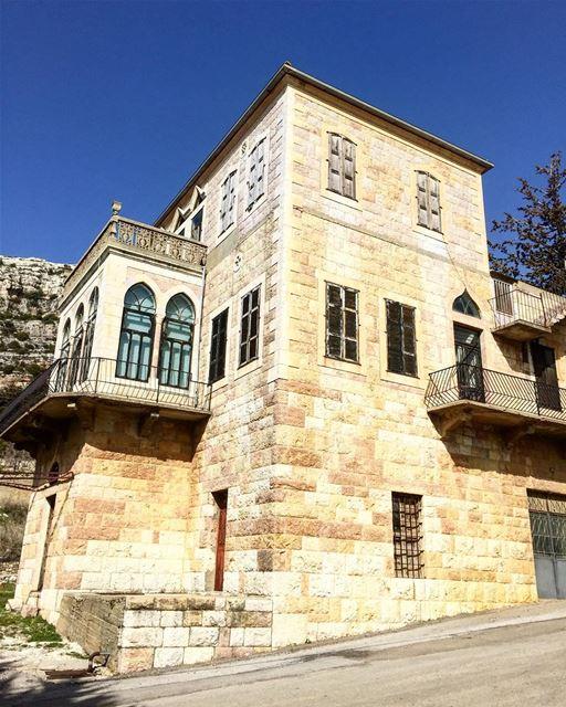 Beautiful traditional house in Kfour el Arbeh 💙 a7labaladbil3alam photo ... (Batroun District)