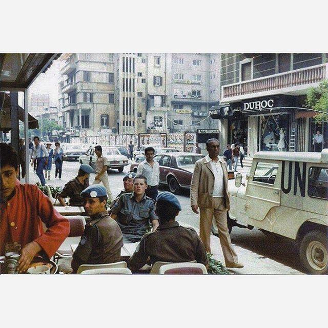شارع الحمرا ، بيروت عام ١٩٨٣ ،
