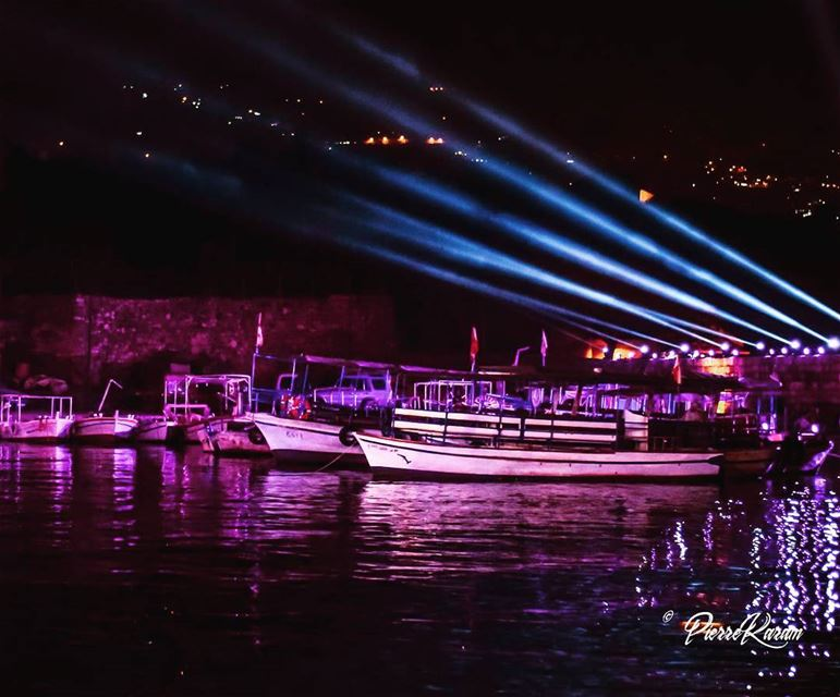 byblos harbour at night tbt jbeil lighting water reflection boat ...