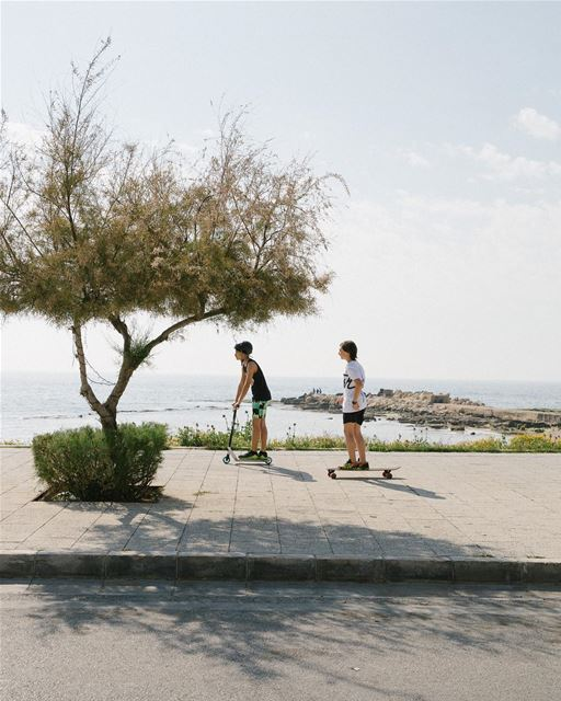 No Mondays No Fridays- everyday work, everyday fun 🤘🏼 так и живём, сложно (Tyre, Lebanon)