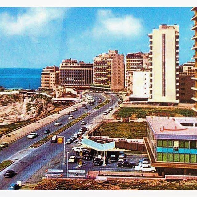 صباح الخير من بيروت الروشة عام ١٩٦٩ ،