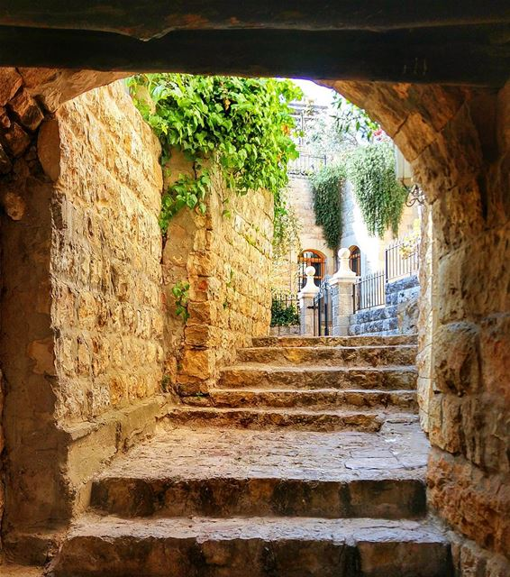 Ancient streets of deir al qamar lebanon nature naturelovers ... (Dayr Al Qamar, Mont-Liban, Lebanon)