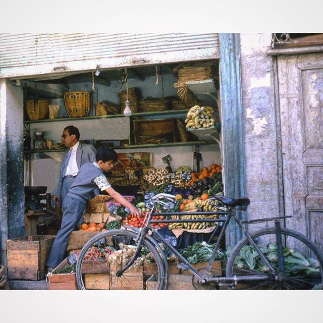دكان قديم على طريق صيدا بيروت عام ١٩٦٩ .