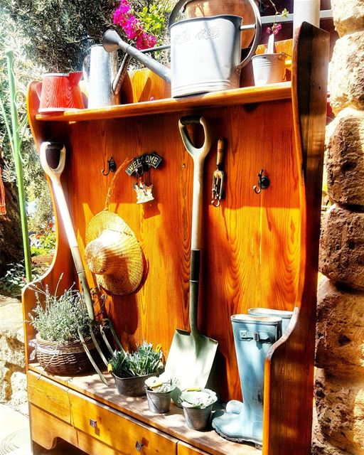 Garden beautiful decoration lebanon insta_lebanon iggers instamood ... (`Awkar, Mont-Liban, Lebanon)