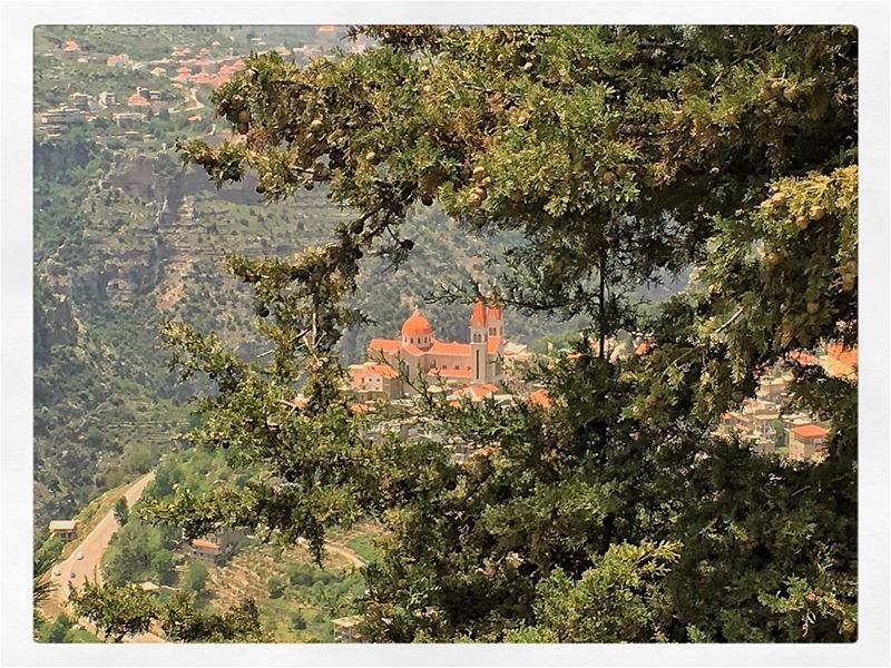 Imagine... bcharre lebanon livelovebeirut livelovelebanon ... (Bcharreh, Liban-Nord, Lebanon)