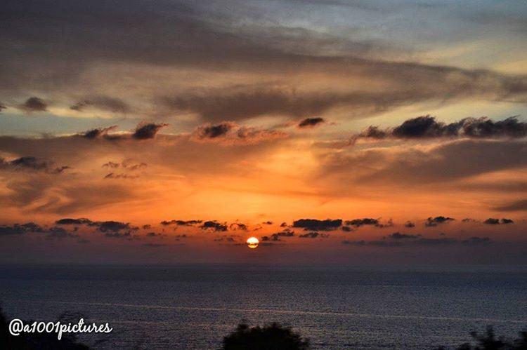photo sunset lebanon beirut sun travel beach amazing view ... (Al Batrun, Liban-Nord, Lebanon)