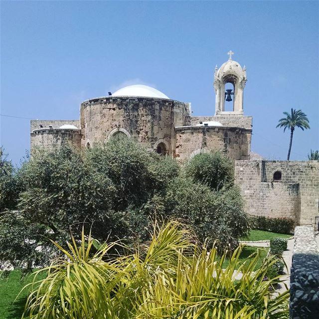 Старинная церковь в Ливане (Библос).Фото сделано во время экскурсии с с анс (Byblos - Jbeil)