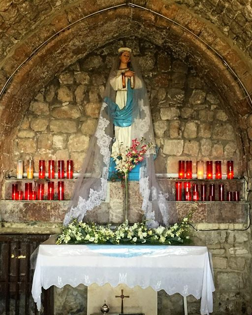 A blessed month of May to all ❤🙏💙 virginmary holy faith church ... (Saydet El Hosn - Ehden)