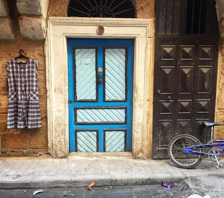 School dress can rest today while the girl overslept in her dreams this... (Tripoli, Lebanon)
