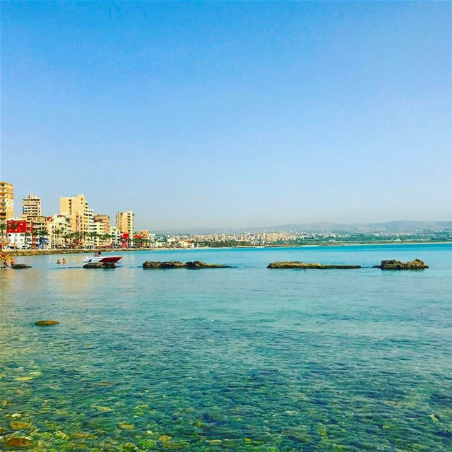 tyre tyr tyrecity sourcity tyrepage southlebanon beach ... (Al Jamal Tyr)