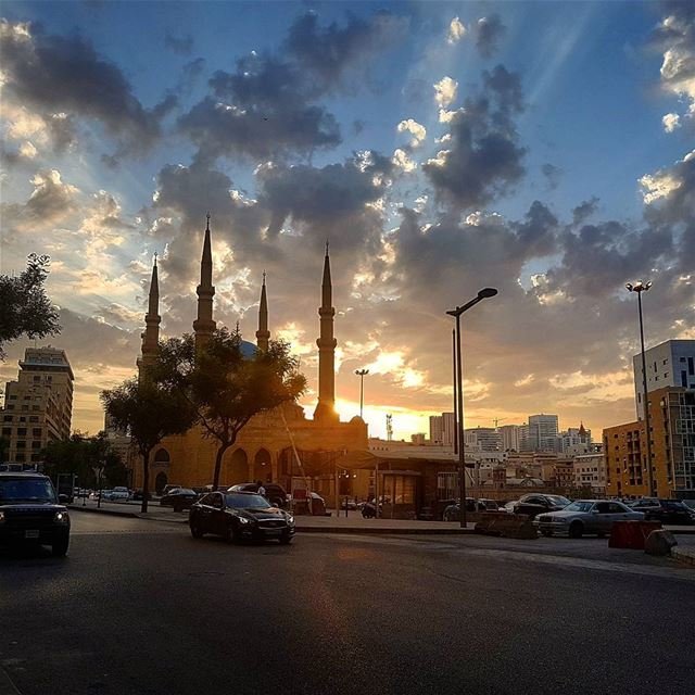 Goodevening beirut😚😚❤❤ sunset clouds shadow bestplace ...
