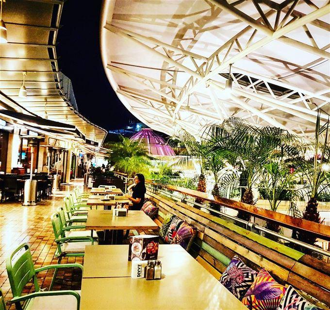 Have a nice evening people! lebanon beirut ABC mall ashrafieh ... (ABC Ashrafieh)