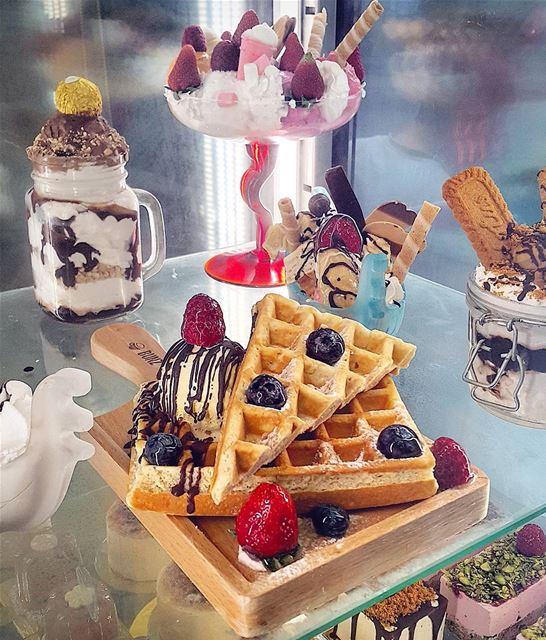 Not on diet 🙈 waffle ❤ icecream 💖