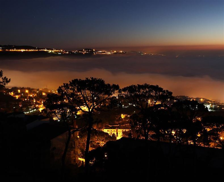 Above the clouds ☁️ .... fog foggyday foggynight photography... (Sawfar, Mont-Liban, Lebanon)