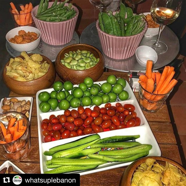 Repost @whatsuplebanon with @repostapp・・・One table, many Lebanese...