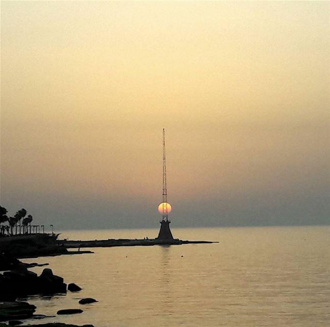 Sunset yesterday allign allignment sun sunset beirut manara ... (Corniche Manara Beirut)