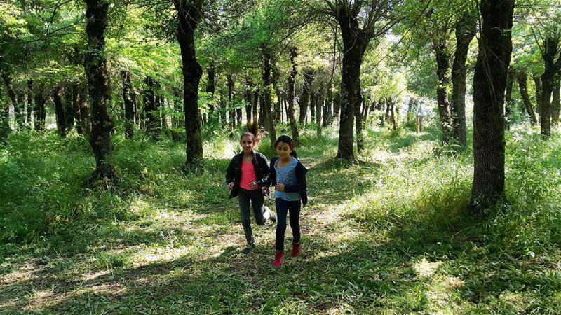 kids kidsmood ig_lebanon igers instagramers livefreerunfar woods ... (Deïr Taanâyel, Béqaa, Lebanon)