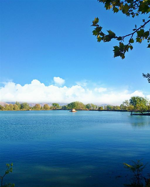 DEEP BLUE ... LakeHouse لبنان يا اخضر حلو ...🇱🇧 LiveLoveBekaa ... (Deïr Taanâyel, Béqaa, Lebanon)