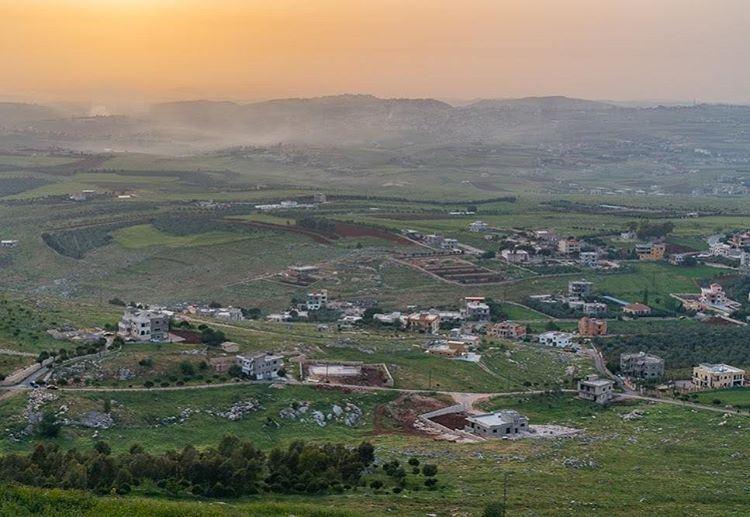 Uncovering new scenery lebanon ... (Kalaat Al Shakif)