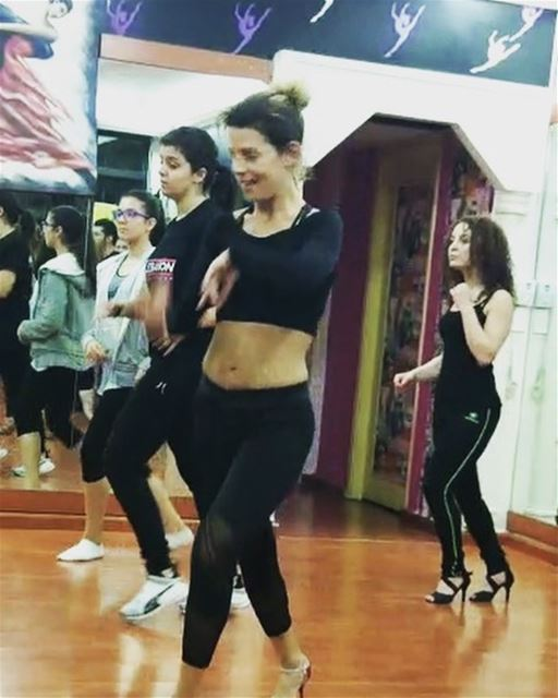 salsa salsaon2 class styling dancing fun saharaboukhalil ... (Sahar Dance SchooL)