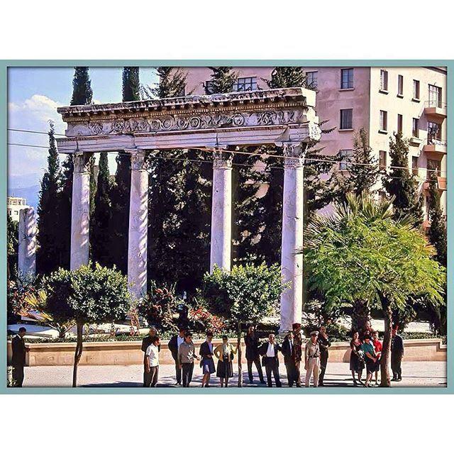 بيروت بالقرب من المتحف عام ١٩٦٥ ،