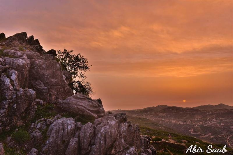 lebanon faqra sunset livelovebeirut livelovefaqra ... (Faqra Ruins)