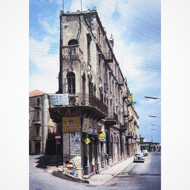 بيروت بالقرب من المرفئ شارع اللنبي عام ١٩٦٤ ،