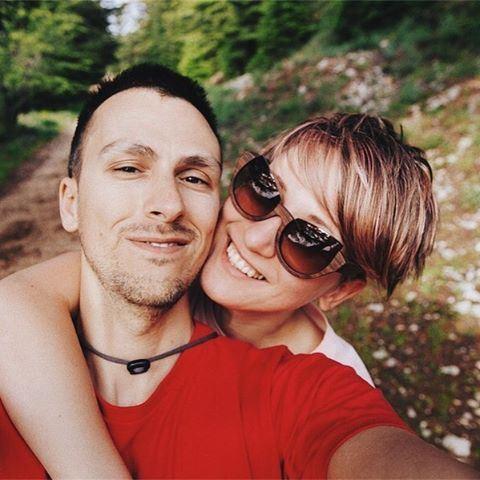 Happy camping faces 🌲🏕⛰ selfie lebanon welikelebanon naturelovers ... (Cedars Ground Campsite)