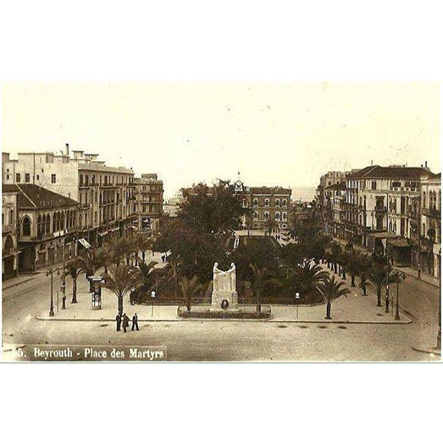 بيروت ساحة الشهداء عام ١٩٢١ ،