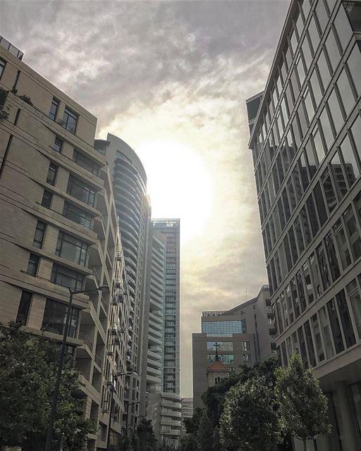 Good morning Lebanon ☀️🇱🇧• lebanonhouses livelovelebanon ... (Minet el Hosn)