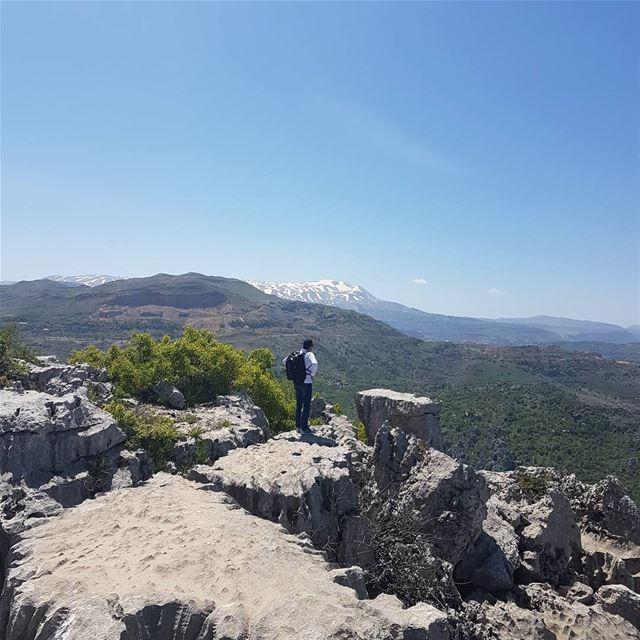 Une vue à vous couper le souffle @jabalmoussa jabalmoussa hiking ... (Salib Jabal Moussa)