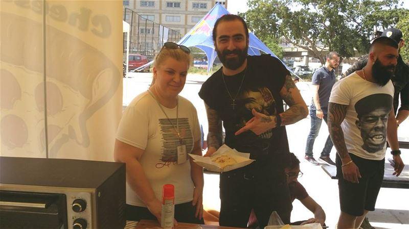@elierahmetattoos enjoying our BBQ chicken pocket at @lebanontattooevents...