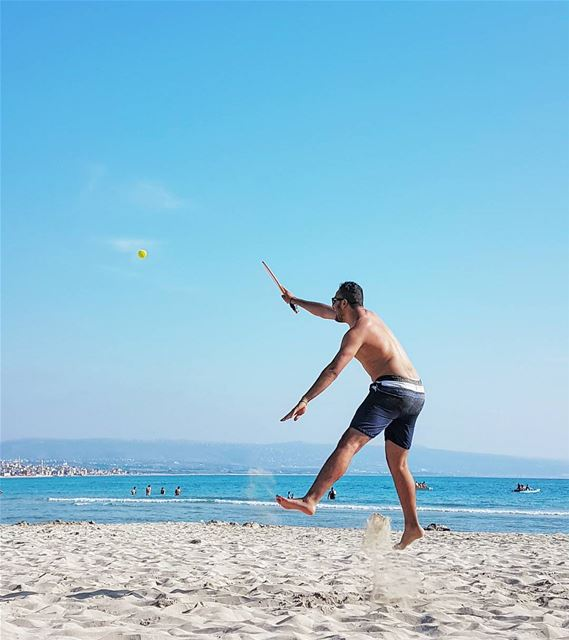 Saturday beach day beach sour southlebanon tyre sand sun sea ... (Sur, Al Janub, Lebanon)