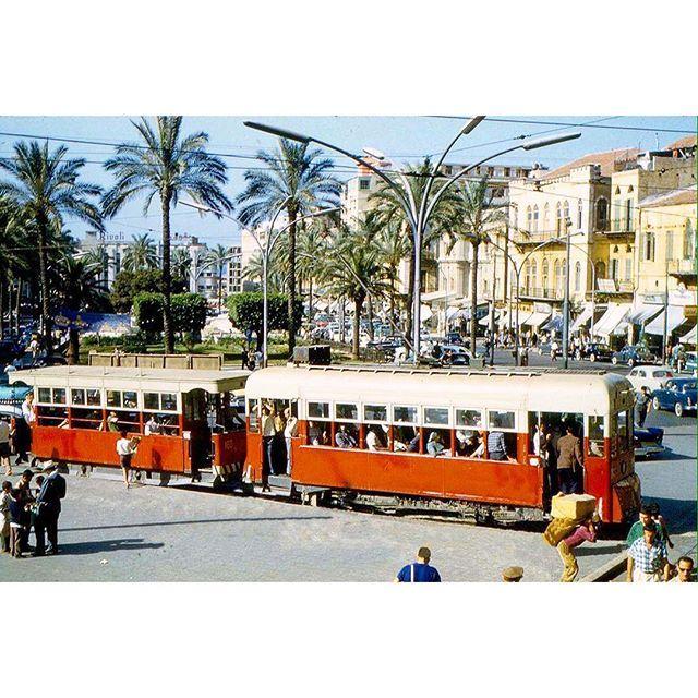 الترمواي في ساحة الشهداء بيروت عام ١٩٦٤ ،