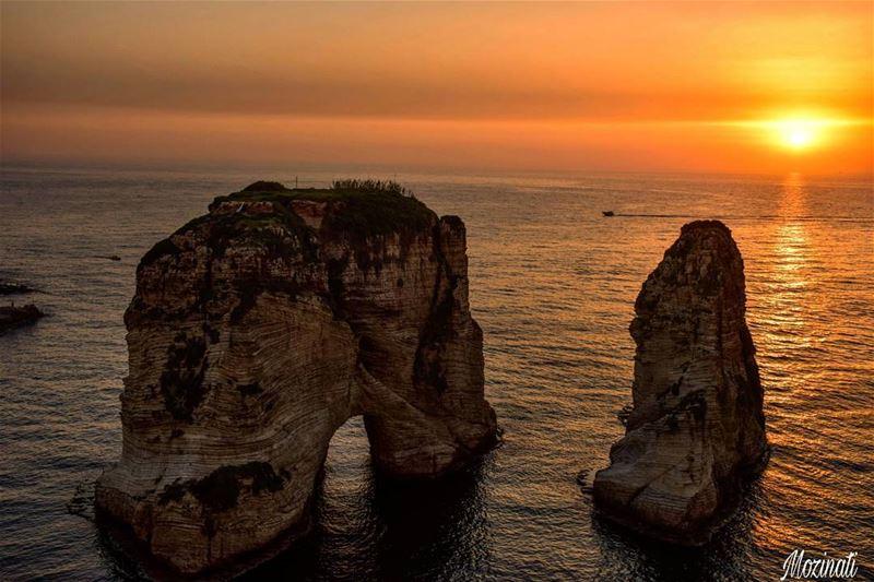 sunset sea sunsetlovers sunsets ig_sunsetshots sunset_hub... (Beirut, Lebanon)