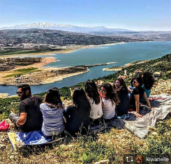 Repost from @kiwanelie When your all homies are right beside you <3 ... (Saghbîne, Béqaa, Lebanon)
